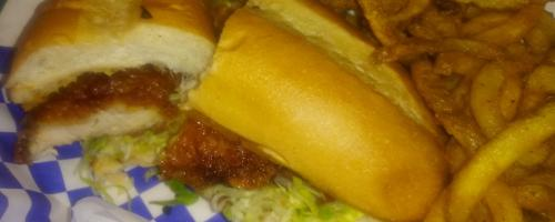Crispy chicken poboy