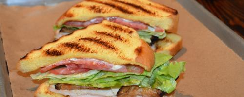 "misty knolls smoked turkey ""BLT"""